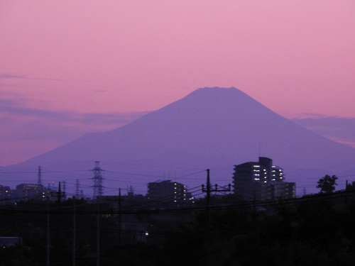 明るいうちに見たかった雄大な富士山